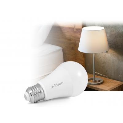 Ampoule connectée Avidsen Home prêt d'une lampe de chevet