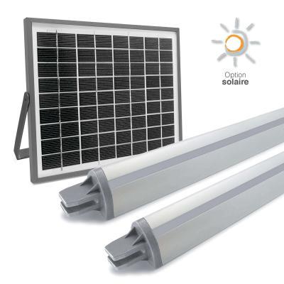 Panneau solaire avec les moteurs à vérin pour portail battant